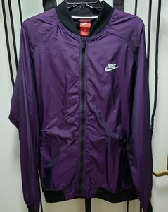 Nike windbreaker jacket sz L
